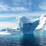 Antarktida ve skutečnosti není neobydlenou ledovou zemí, ale americkou kolonií