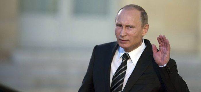 Vladimír Putin naslouchá lidu.