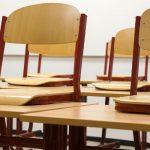 Zeman se utrhl ze řetězu: Při besedě na základní škole označil děti za adolescentní zm*dy a pomočil tabuli