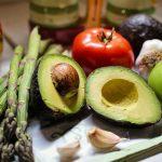 Zbytky pesticidů z ovoce a zeleniny spolehlivě odstraní kočičí moč
