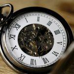 Střídání času se zřejmě rušit nebude. EU místo toho zvažuje zrušit čas úplně