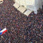 Soros pošle účastníkům demonstrací proti Benešové až 20 milionů korun