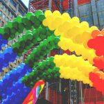 Účastníci zítřejšího průvodu Prague Pride plánují znásilňování kolemjdoucích, krádeže dětí a ničení tradičních českých rodin